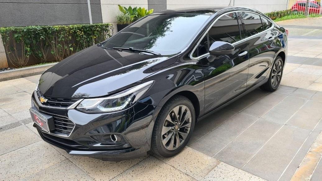 //www.autoline.com.br/carro/chevrolet/cruze-14-sedan-ltz-16v-flex-4p-turbo-automatico/2019/sao-paulo-sp/14887423
