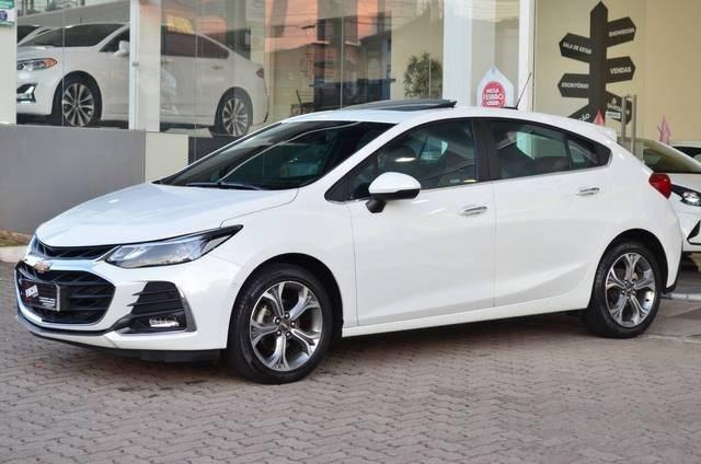 //www.autoline.com.br/carro/chevrolet/cruze-14-hatch-sport-premier-16v-flex-4p-turbo-auto/2020/caxias-do-sul-rs/15079629