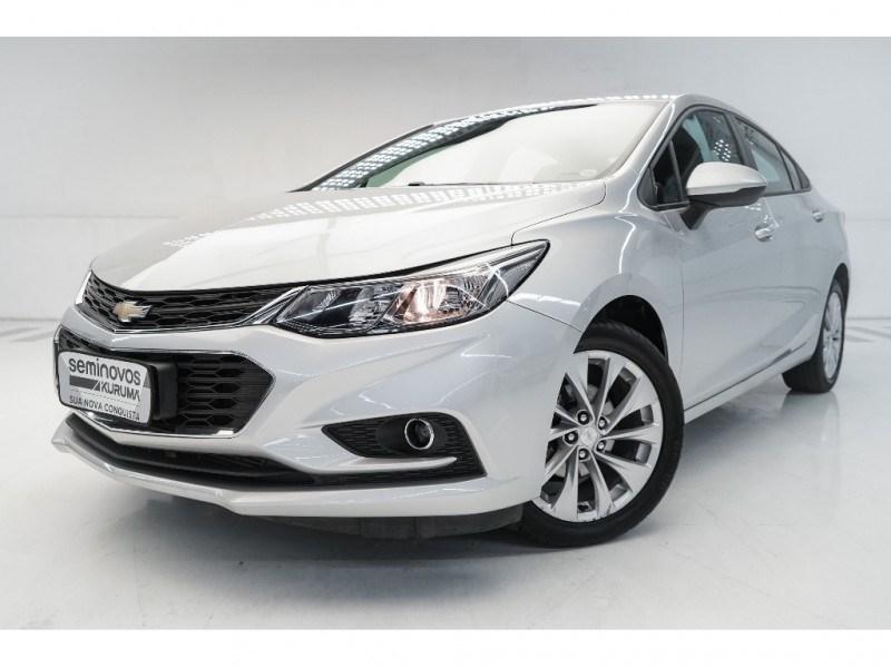 //www.autoline.com.br/carro/chevrolet/cruze-14-sedan-lt-16v-flex-4p-turbo-automatico/2017/vitoria-es/15123844