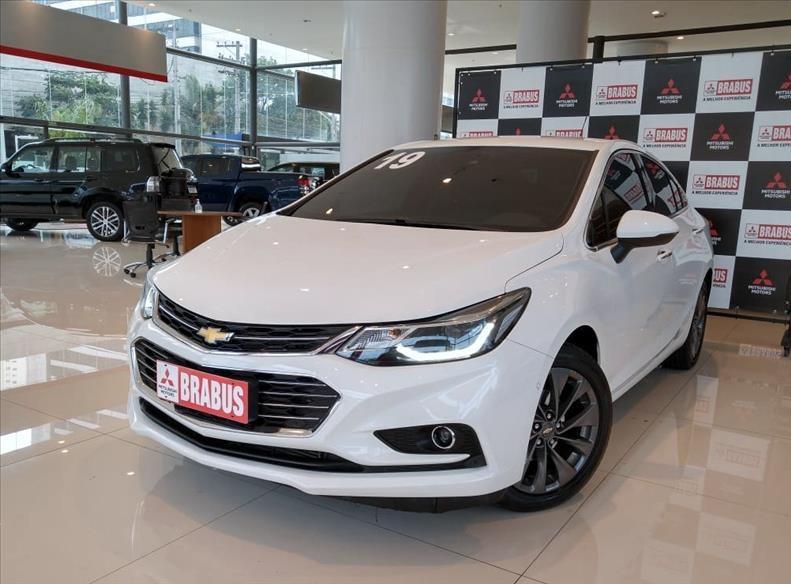 //www.autoline.com.br/carro/chevrolet/cruze-14-sedan-ltz-16v-flex-4p-turbo-automatico/2019/sao-paulo-sp/15137540