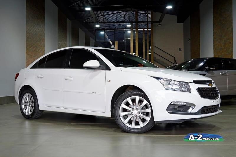 //www.autoline.com.br/carro/chevrolet/cruze-18-sedan-lt-16v-flex-4p-automatico/2016/campinas-sp/15237070