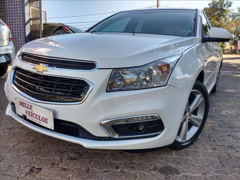 //www.autoline.com.br/carro/chevrolet/cruze-18-hatch-sport-lt-16v-flex-4p-manual/2015/campinas-sp/15257513