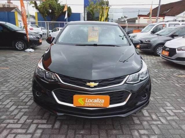 //www.autoline.com.br/carro/chevrolet/cruze-14-sedan-lt-16v-flex-4p-turbo-automatico/2019/belo-horizonte-mg/15290545