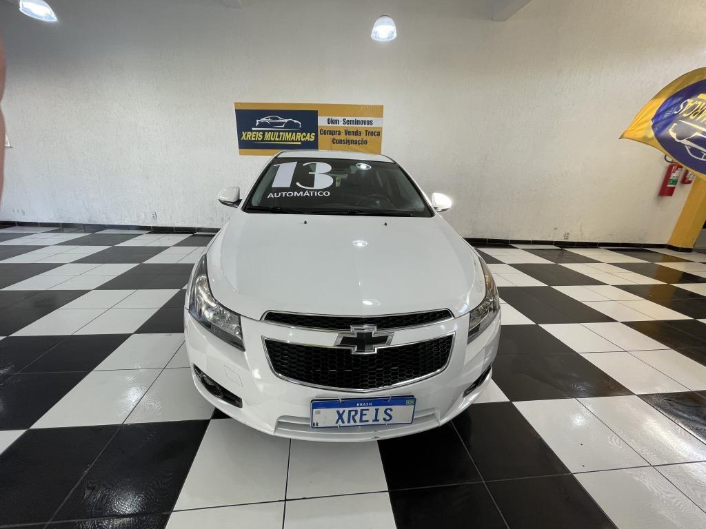 //www.autoline.com.br/carro/chevrolet/cruze-18-sedan-lt-16v-flex-4p-automatico/2013/mogi-das-cruzes-sp/15520305