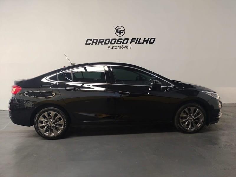 //www.autoline.com.br/carro/chevrolet/cruze-14-sedan-ltz-16v-flex-4p-turbo-automatico/2017/sorocaba-sp/15554550