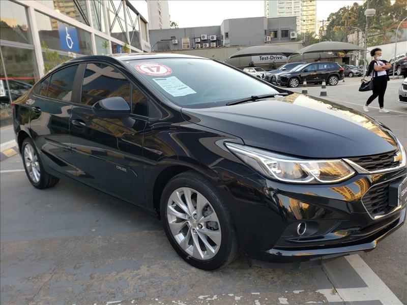 //www.autoline.com.br/carro/chevrolet/cruze-14-sedan-lt-16v-flex-4p-turbo-automatico/2017/sao-paulo-sp/15566004
