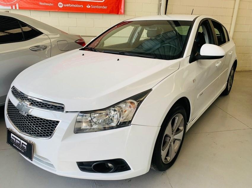 //www.autoline.com.br/carro/chevrolet/cruze-18-hatch-sport-lt-16v-flex-4p-automatico/2013/campinas-sp/15612487