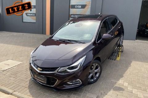 //www.autoline.com.br/carro/chevrolet/cruze-14-hatch-sport-ltz-16v-flex-4p-turbo-automati/2017/bauru-sp/15616842