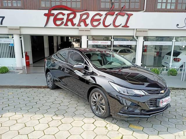 //www.autoline.com.br/carro/chevrolet/cruze-14-sedan-ltz-16v-flex-4p-turbo-automatico/2017/guaramirim-sc/15680770