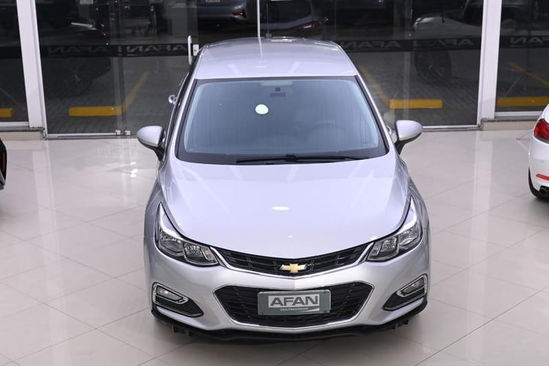 //www.autoline.com.br/carro/chevrolet/cruze-14-hatch-sport-lt-16v-flex-4p-turbo-automatic/2018/curitiba-pr/15681779