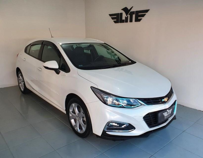 //www.autoline.com.br/carro/chevrolet/cruze-14-hatch-sport-lt-16v-flex-4p-turbo-automatic/2018/taubate-sp/15712610