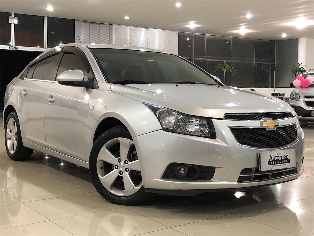 //www.autoline.com.br/carro/chevrolet/cruze-18-sedan-lt-16v-flex-4p-manual/2014/limeira-sp/15795116