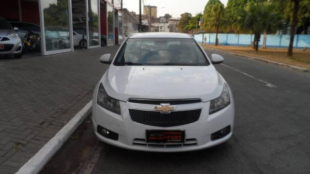 //www.autoline.com.br/carro/chevrolet/cruze-18-sedan-lt-16v-flex-4p-automatico/2012/ipatinga-mg/15813069