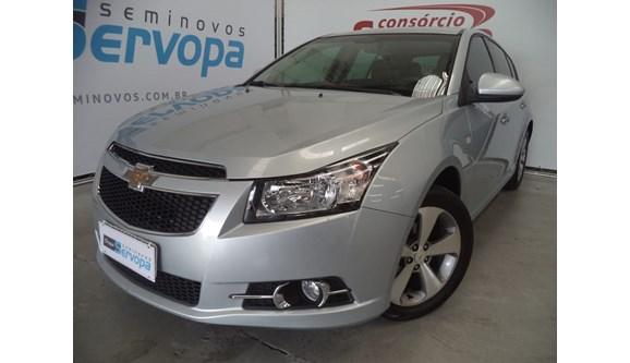 //www.autoline.com.br/carro/chevrolet/cruze-18-lt-16v-flex-4p-automatico/2013/curitiba-pr/6772632