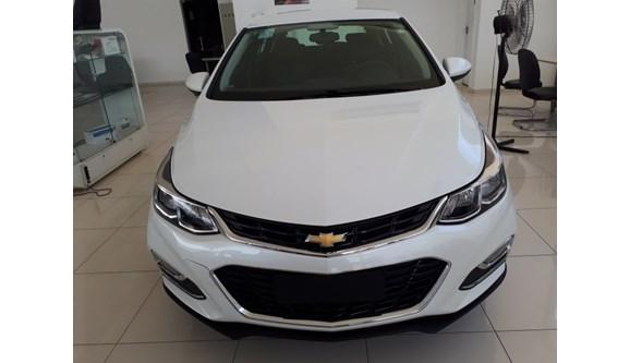 //www.autoline.com.br/carro/chevrolet/cruze-14-lt-16v-flex-4p-automatico/2018/sao-paulo-sp/6774172