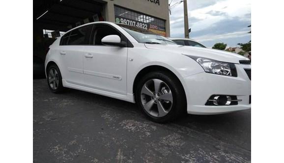 //www.autoline.com.br/carro/chevrolet/cruze-18-hb-sport-lt-16v-flex-4p-manual/2014/catanduva-sp/7477292