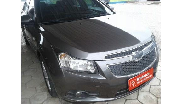 //www.autoline.com.br/carro/chevrolet/cruze-18-ltz-16v-sedan-flex-4p-automatico/2014/guaramirim-sc/7651098