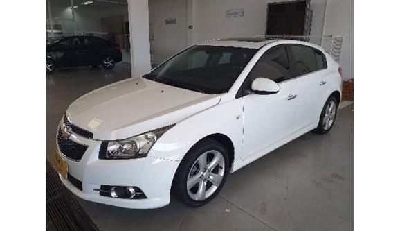 //www.autoline.com.br/carro/chevrolet/cruze-18-ltz-16v-flex-4p-automatico/2013/campinas-sp/8410937