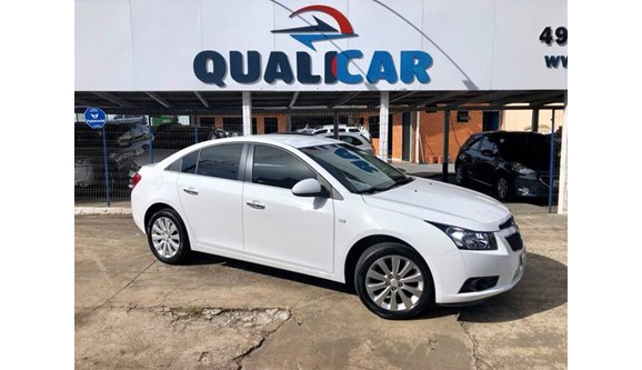 //www.autoline.com.br/carro/chevrolet/cruze-18-ltz-16v-sedan-flex-4p-automatico/2014/chapeco-sc/8580327