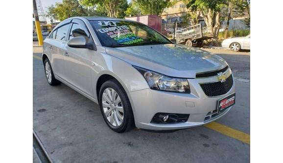 //www.autoline.com.br/carro/chevrolet/cruze-18-ltz-16v-sedan-flex-4p-automatico/2014/sao-paulo-sp/9135966