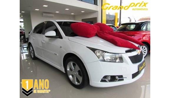 //www.autoline.com.br/carro/chevrolet/cruze-18-hb-sport-lt-16v-flex-4p-automatico/2013/curitiba-pr/6501899