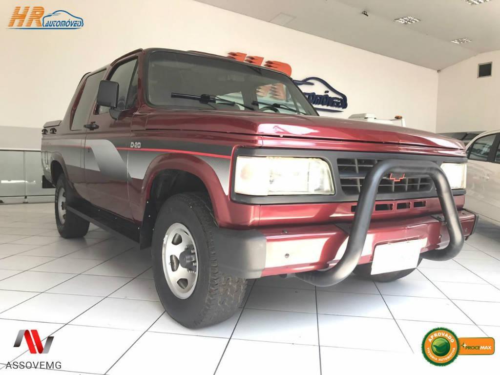 //www.autoline.com.br/carro/chevrolet/d-20-pick-up-40-custom-s-cabdupla-90cv-4p-diesel-manual/1993/contagem-mg/12418788
