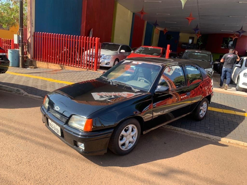 //www.autoline.com.br/carro/chevrolet/kadett-20-gsi-mpfi-115cv-2p-gasolina-manual/1991/cafelandia-pr/15148556