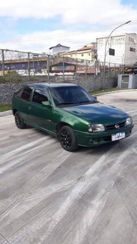 //www.autoline.com.br/carro/chevrolet/kadett-20-sport-8v-gasolina-2p-manual/1997/ribeirao-pires-sp/15263217