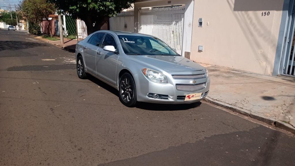 //www.autoline.com.br/carro/chevrolet/malibu-24-ltz-16v-gasolina-4p-automatico/2011/ribeirao-preto-sp/15164643