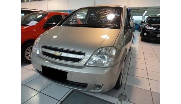 //www.autoline.com.br/carro/chevrolet/meriva-18-16v-gasolina-4p-manual/2004/guarulhos-sp/7370077