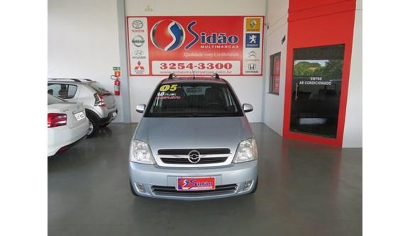 //www.autoline.com.br/carro/chevrolet/meriva-18-maxx-8v-flex-4p-manual/2005/marechal-candido-rondon-pr/8132933