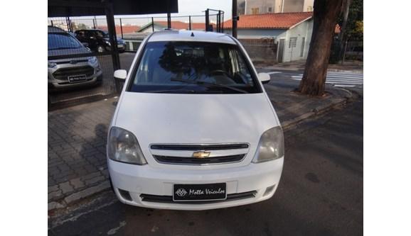 //www.autoline.com.br/carro/chevrolet/meriva-18-premium-8v-flex-4p-automatizado/2010/campinas-sp/8484568