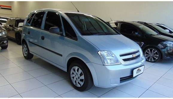 //www.autoline.com.br/carro/chevrolet/meriva-18-expression-8v-flex-4p-automatizado/2010/sao-paulo-sp/5539963
