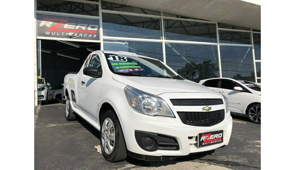 //www.autoline.com.br/carro/chevrolet/montana-14-ls-8v-flex-2p-manual/2018/sao-paulo-sp/11564115