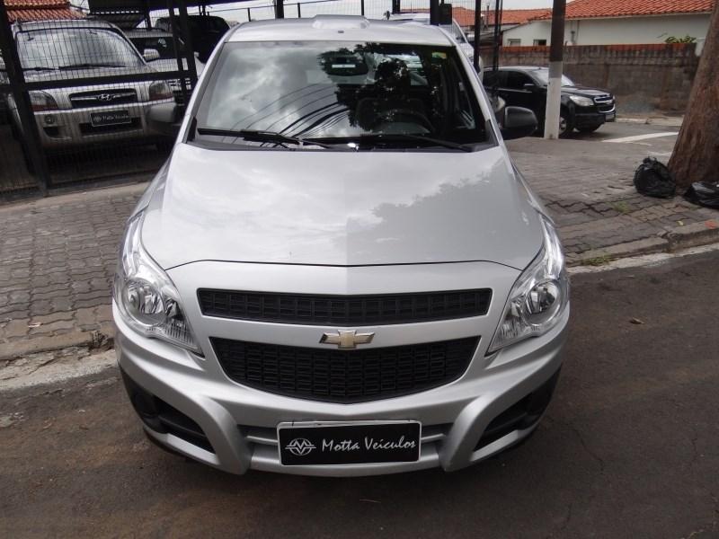 //www.autoline.com.br/carro/chevrolet/montana-14-ls-8v-flex-2p-manual/2018/campinas-sp/13523092