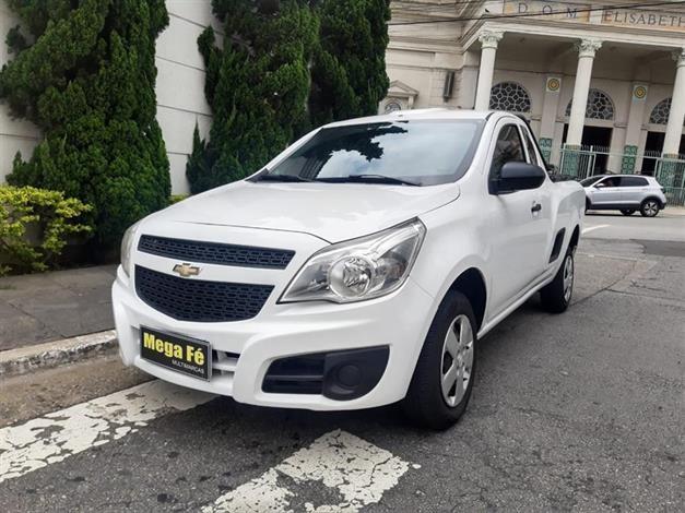 //www.autoline.com.br/carro/chevrolet/montana-14-ls-8v-flex-2p-manual/2019/sao-paulo-sp/14412603