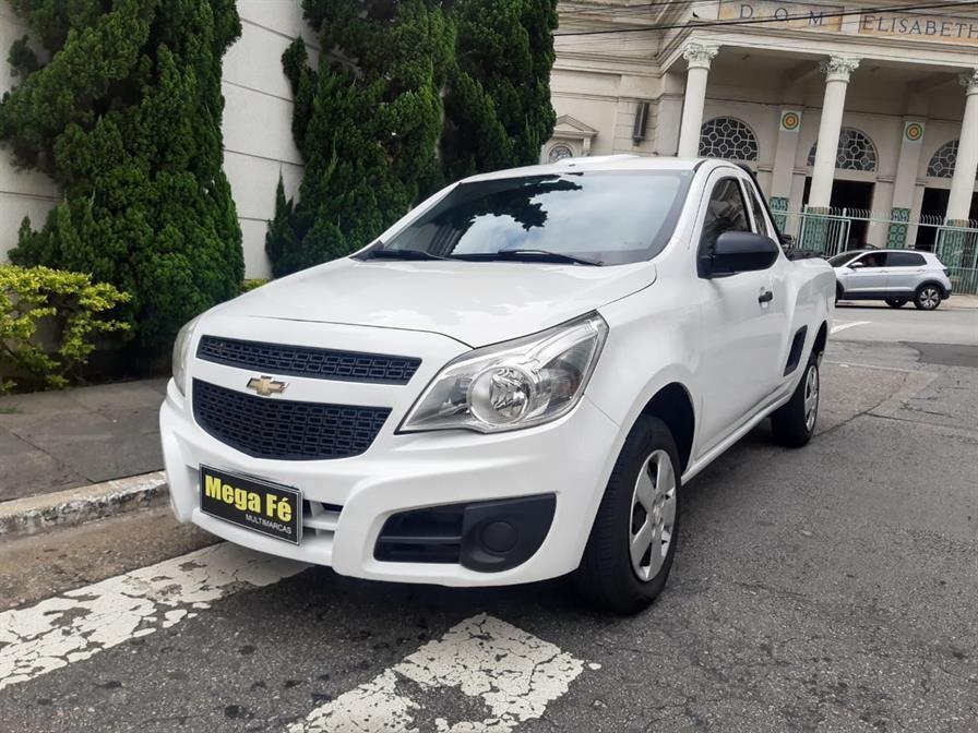 //www.autoline.com.br/carro/chevrolet/montana-14-ls-8v-flex-2p-manual/2019/sao-paulo-sp/14531436