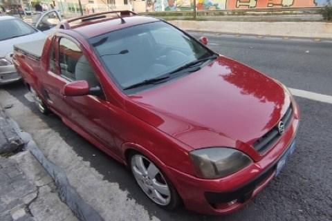 //www.autoline.com.br/carro/chevrolet/montana-18-sport-8v-105cv-2p-flex-manual/2004/sao-paulo-sp/14908705