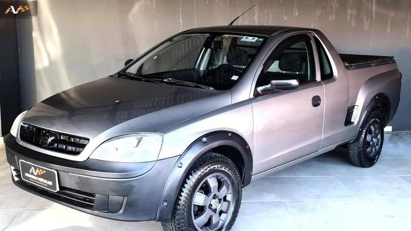 //www.autoline.com.br/carro/chevrolet/montana-18-8v-flex-2p-manual/2004/guarapuava-pr/14910875