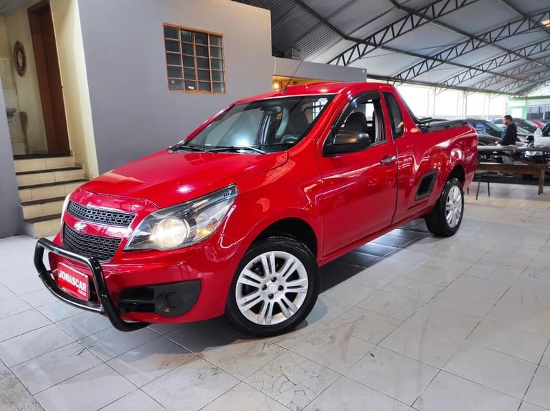 //www.autoline.com.br/carro/chevrolet/montana-14-ls-8v-flex-2p-manual/2014/curitiba-pr/14920439