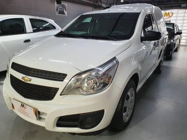//www.autoline.com.br/carro/chevrolet/montana-14-ls-8v-flex-2p-manual/2019/sao-paulo-sp/15126991
