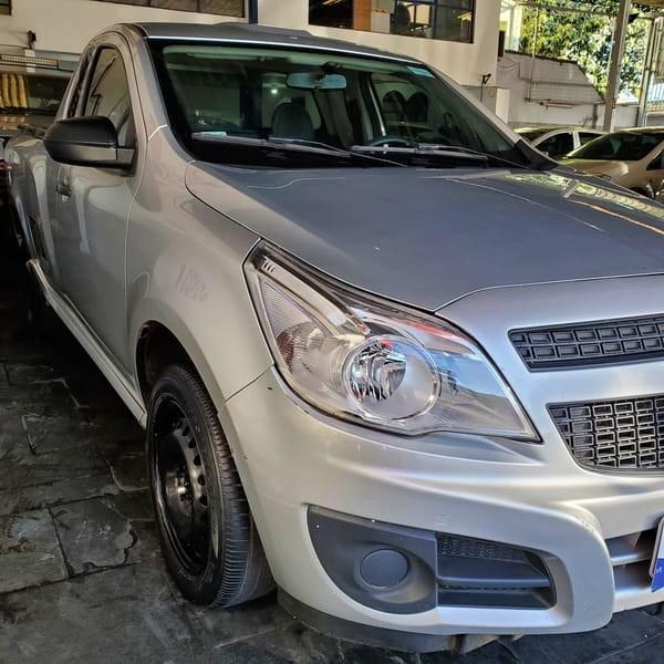//www.autoline.com.br/carro/chevrolet/montana-14-ls-8v-flex-2p-manual/2018/belo-horizonte-mg/15469337