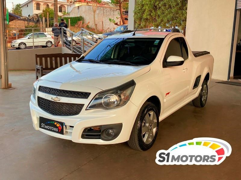 //www.autoline.com.br/carro/chevrolet/montana-14-sport-8v-flex-2p-manual/2012/ribeirao-preto-sp/15509573