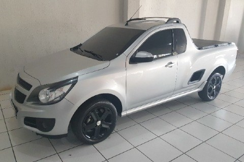 //www.autoline.com.br/carro/chevrolet/montana-14-sport-8v-flex-2p-manual/2019/santa-barbara-doeste-sp/15816561
