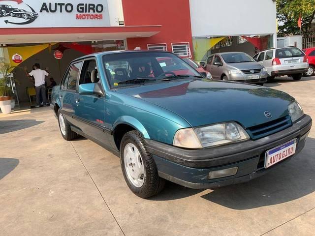 //www.autoline.com.br/carro/chevrolet/monza-20-gls-efi-110cv-4p-gasolina-manual/1995/sorocaba-sp/12695903