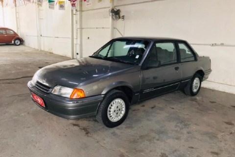 //www.autoline.com.br/carro/chevrolet/monza-20-classic-se-efi-110cv-2p-gasolina-manual/1991/belo-horizonte-mg/14414902