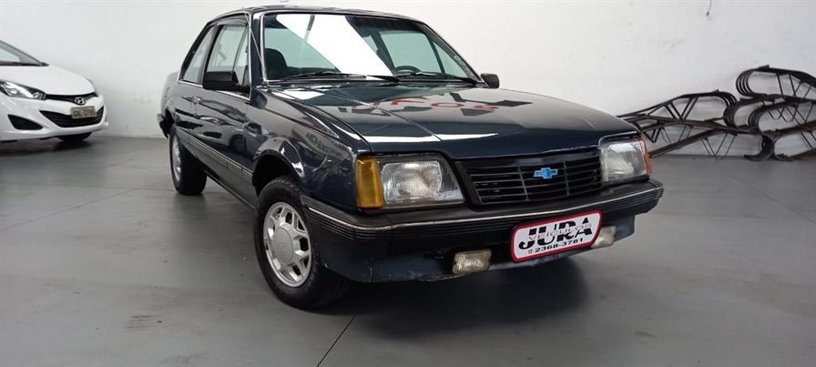 //www.autoline.com.br/carro/chevrolet/monza-18-sle-efi-90cv-2p-alcool-manual/1984/sao-paulo-sp/14486277