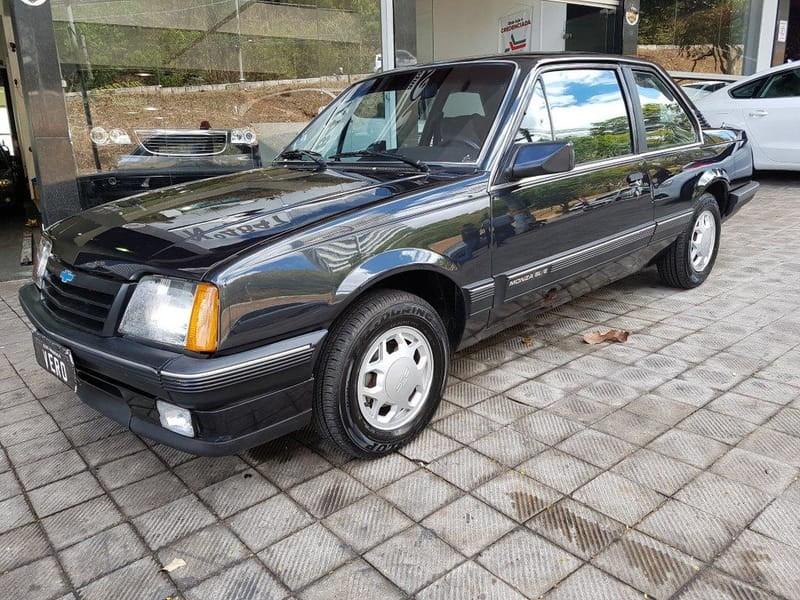 //www.autoline.com.br/carro/chevrolet/monza-20-sle-efi-110cv-2p-alcool-manual/1988/belo-horizonte-mg/14663976