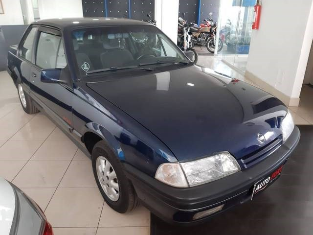 //www.autoline.com.br/carro/chevrolet/monza-20-gl-efi-110cv-2p-gasolina-manual/1994/brasilia-df/15133103
