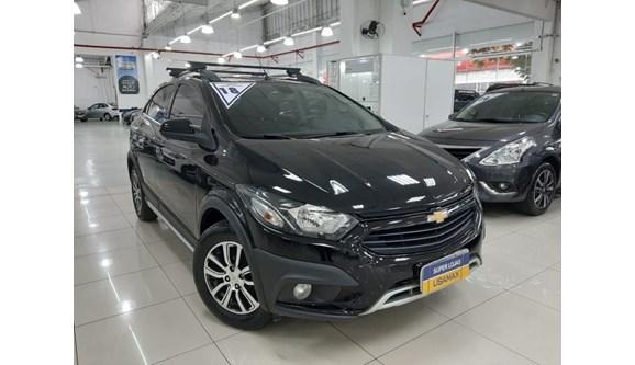 //www.autoline.com.br/carro/chevrolet/onix-14-activ-8v-flex-4p-automatico/2018/sao-paulo-sp/11408595